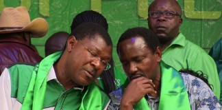 NASA co-principal Kalonzo Musyoka (right) has said other opposition leaders are open to dialogue with President Kenyatta