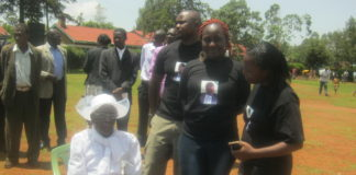 Widow of the late James George Maruti with the grandchildren at the funeral