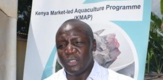 Mr. Teddy Nyanapa, the Farm Africa coordinator , led his team as they educated farmers in Vihiga further on issues dealing with fish farming