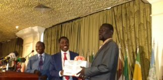 Council of Governors (COG) Chairman Josephat Nanok (Right) together with former Council Chair Peter Munya. File photo