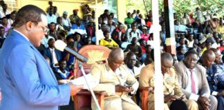 Bungoma Governor addressing Bungoma residents in Masinde Muliro Stadium