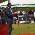 President Uhuru Kenyatta addressing residents at Kaimosi Friends College in Vihiga County