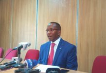 Solomon Gichira addressing the press in Nairobi