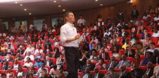 Alibaba Group founder Jack Ma used the platform he had during his trip to Kenya to encourage aspiring entrepreneurs to embrace the fast changing internet scene