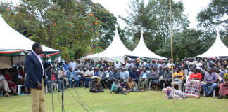 Water Cabinet Secretary Eugene Wamalwa addressing residents during the service