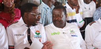 James Orengo (centre left) has urged IEBC Chairman Wafula Chebukati to stand up for transparency