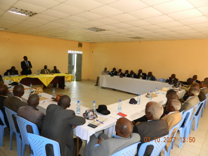 Nandi County Assembly Speaker Joshua Kiptoo addressing Nandi Council of Elders (Kaburwo) in a past function