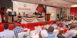 President Uhuru Kenyatta addressing Governors at the induction meeting in Kwale