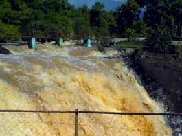 Tourists have been urged to be vigilant when visiting Chepkiit waterfall given that the heavy rainfall experienced in Nandi has made the place more dangerous
