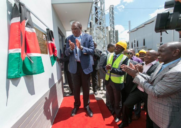 President Uhuru Kenyatta and other leaders including Deputy President William Ruto and Energy CS Charles Keter during the commissioning of the substation