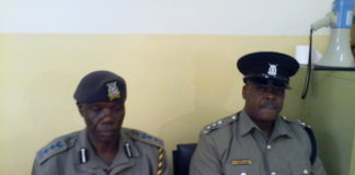 Nandi Central police boss Mr Stephen Obara speaking to the press
