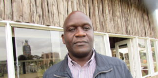 NGO Chief Maurice Kakai has criticized the way Governor Khaemba purchased the road construction machines