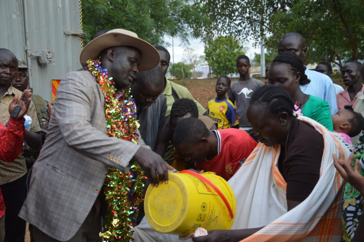 Governor Simon Kachapin said the government should initiate projects at the borders of the two counties, Pokot and Turkana, to help sustain the peace