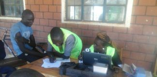 ELOG has released a preliminary report on the ongoing mass voter registration, highlighting issues like voter bribery and accessibility to registration centres