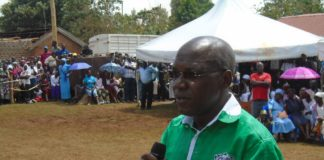 Boni Khalwale has been faulted for supporting Deputy President William Ruto
