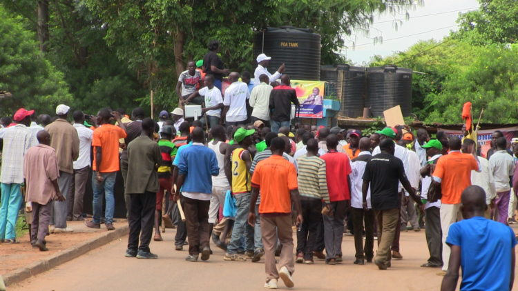 A section of the Ford Kenya supporters who were involved in the clash with the Jubilee supporters in Bungoma town