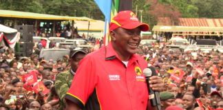 President Uhuru Kenyatta speaking at Kitale during the Jubilee rally