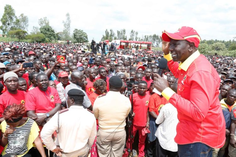 Deputy President William Ruto has reaffirmed Jubilee promises to residents of Tongaren in Bungoma
