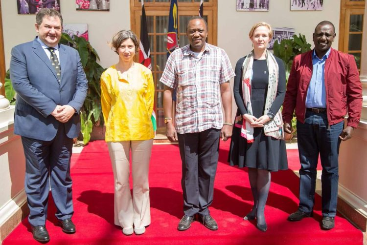 President Uhuru Kenyatta and Deputy President William Ruto (far right) during the meeting with Marietje Schaake (second right) and other EOM officials at State House