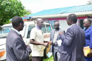 Governor John Lonyangapuo with County officials