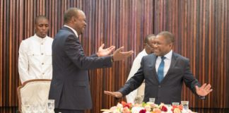 President Uhuru Kenyatta (left) is being hosted by Mozambique President Filipe Nyusi (right)