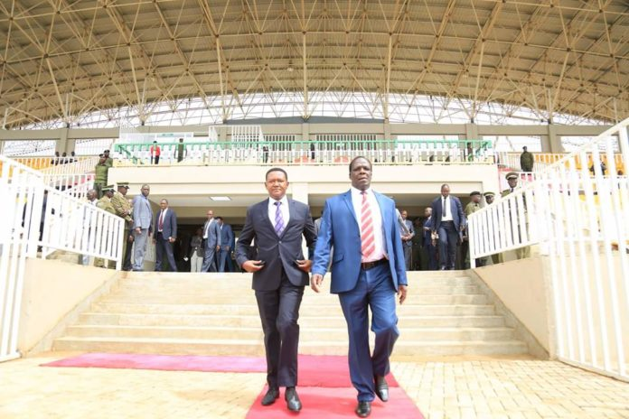 Governors Alfred Mutua and Wycliffe Oparanya have called for constitutional amendments