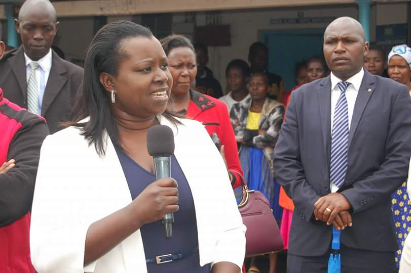 Nandi Cec for health Mrs Ruth Koech speaking after receiving the third consignment of meducal drugs at the Kapsabet county referral hospital