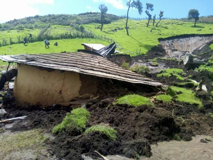 Kakamega County meteorological director Vincent Sakwa has warned of the effects that accompany heavy rainfall, including mudslides