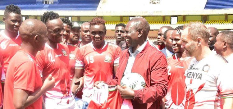 Deputy President William Ruto visited the Kenya team on Friday at Kasarani