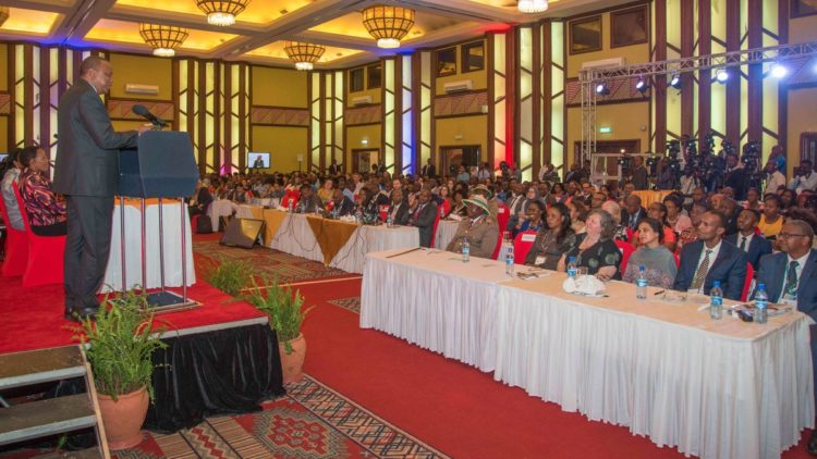President Kenyatta has assured Kenyans that the government will deliver credible exams. (PHOTO/PSCU)