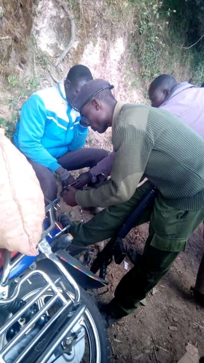 West Pokot Governor Lonyangapuo came to the rescue of the boda boda rider who had been cuffed to his motorbike