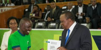 President Kenyatta graced the commissioning of the 2018 KCB2jiajiri programme. (PHOTO/PSCU)