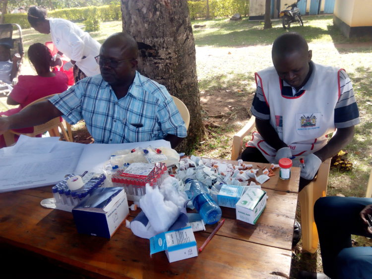 Medical practitioners during the blood donation exercise