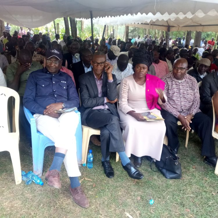Leaders present at the funeral including Bungoma Governor Wycliffe Wangamati and Tongaren MP David Eseli