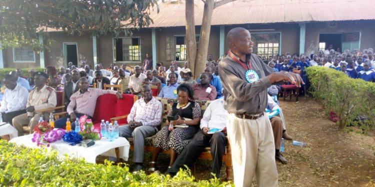 Kabuchai MP James Lusweti addressing residents