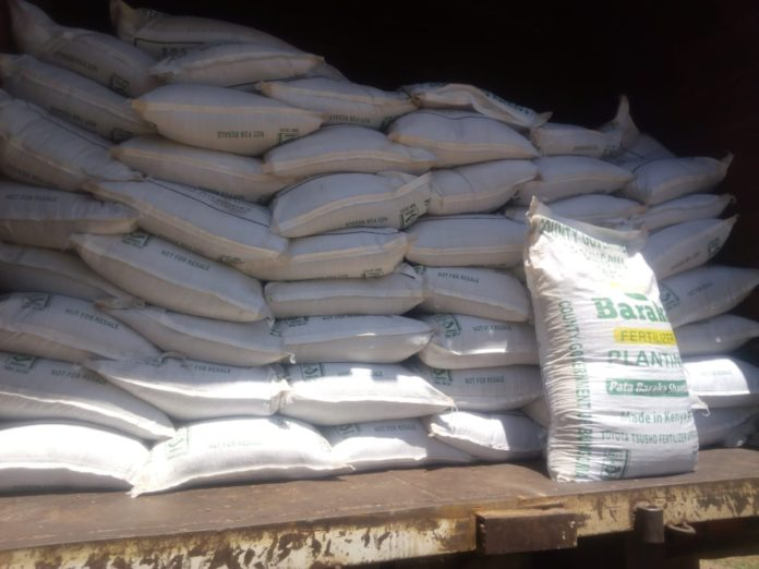 Bungoma County farmers received free, subsidized fertilizer courtesy of the County government