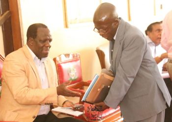 Kakamega Governor Wycliffe Oparanya (left) said there is an urgent need to cap national government borrowing