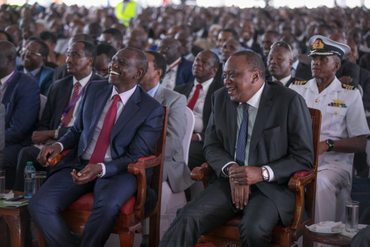 President Uhuru Kenyatta and Deputy President William Ruto at the Devolution Conference in Kirinyaga. (Photo/Pscu)