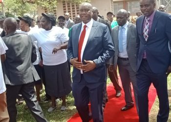 Busia Governor Sospeter Ojaamong (centre) has faulted the corruption in his County government's revenue department