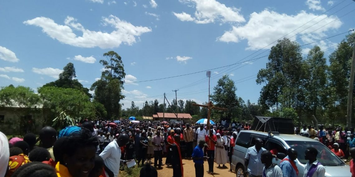 Thousands of Catholic faithful from Bungoma during the way of the cross