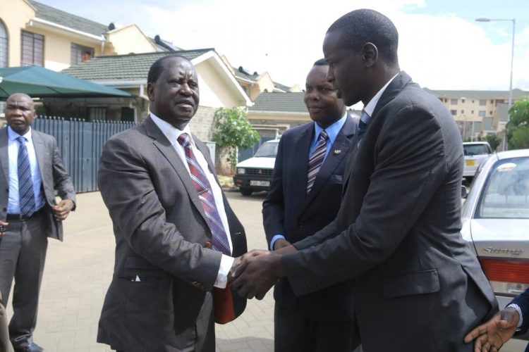 Former Prime Minister Raila Odinga met the late Oprong's family
