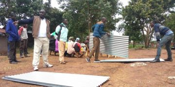 70 iron sheets were availed for the construction of houses for the widows of the late Japheth Masinde, Kapomboi ward Ford Kenya chairman