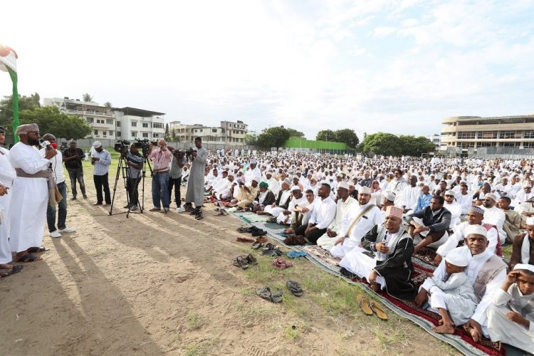 Muslims marked Eid-ul-Fitr in Mombasa led by Chief Kadhi Ahmed Muhdhar and Governor Ali Hassan Joho. PHOTO/MSA GOV
