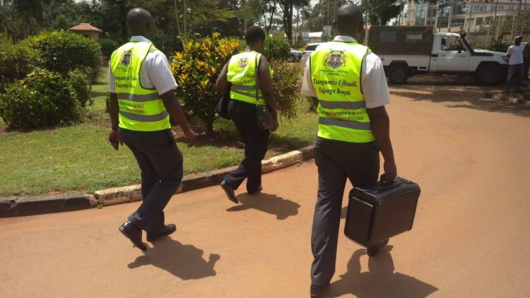 EACC officials walk away with documents from the Busia County government offices