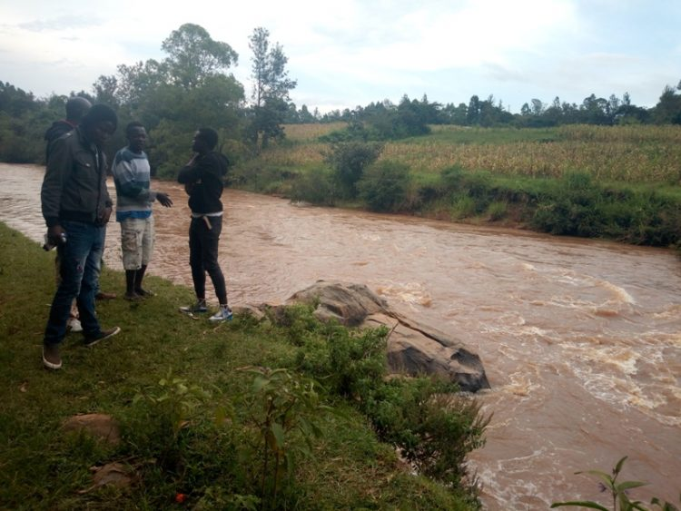 The youths who retrieved the body from the river