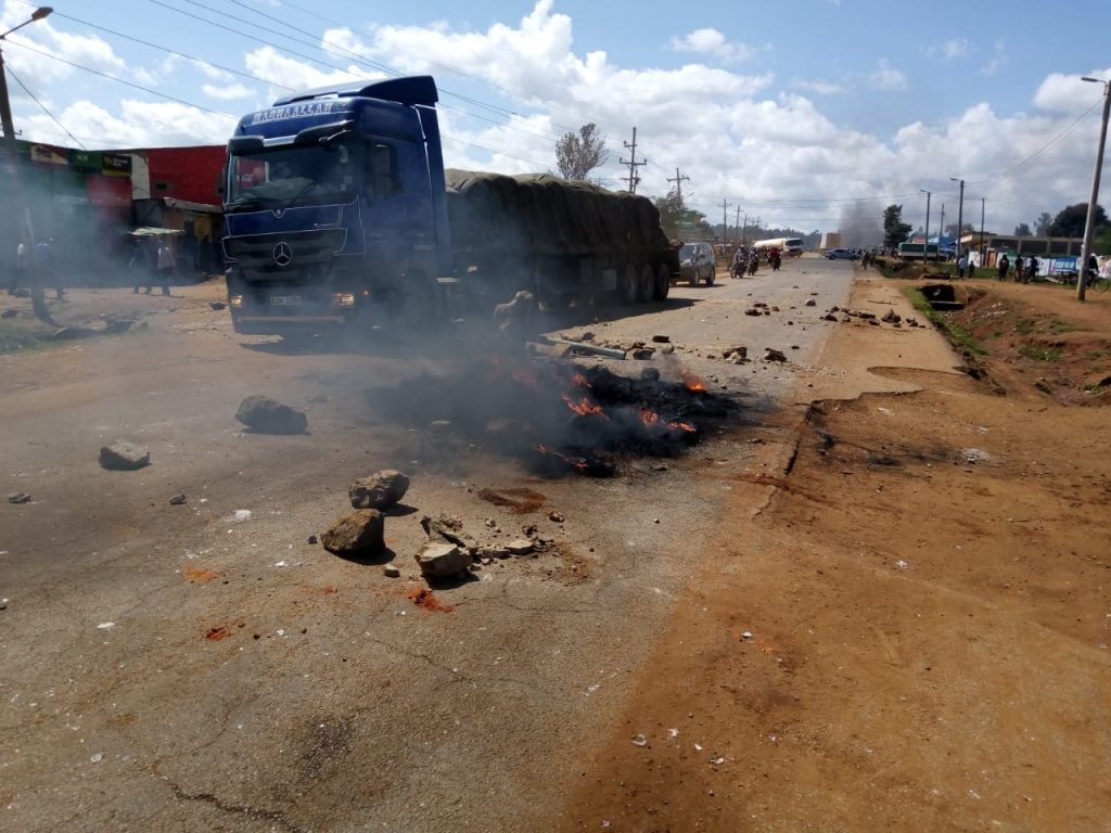Demonstrators set aflame old tyres and barricaded several sections of the Eldoret-Kitale road