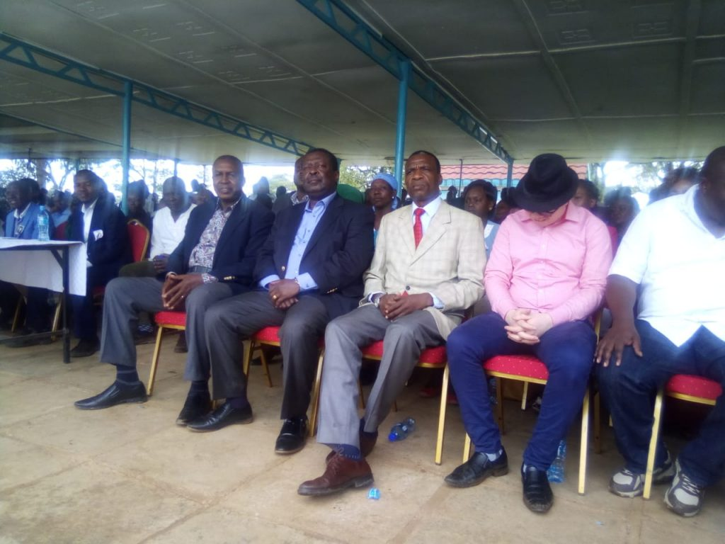 ANC leader Musalia Mudavadi (second left) lauded the Catholic church to stop questionable fund raising
