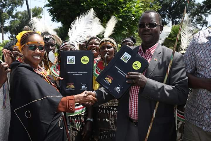 West Pokot Governor John Lonyangapuo (right) said the County will receive a total Kshs 500 million by the end of the five year programme