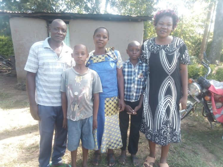 Celestine Nekesa (middle) with her family & elder sister