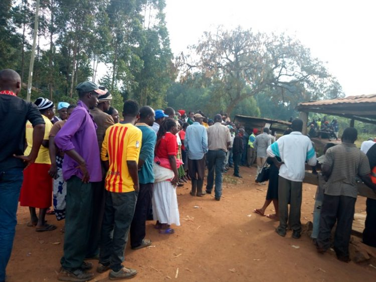 Manyonyi residents at the scene of the incident